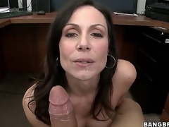 Were not sure about Kendra Lusts secretary skills, but its not hard to guess how the hawt milf got her job. This babe uses the lunch break to nibble on a large fat white sausage...