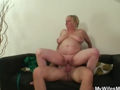 Cock hungry mamma jumps on her son on law