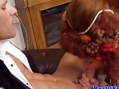 milf moden husmor kone store pupper blowjob barmfager oral virkelighet cougar