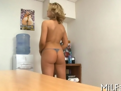 blonde cuttie pie has an date fuck with a toy