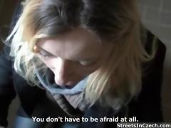amatør hardcore blonde blowjob offentlig utendørs